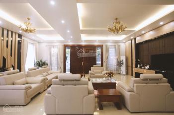 Gia đình cần bán lô biệt thự sát biển, DT 106m2, giá đầu tư, LH cô Khánh 0975674490