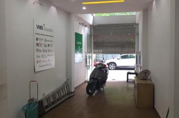 Cho thuê nhà mặt phố Sơn Tây, Ba Đình: Diện tích 110m2 x 5t, mỗi tầng 2 phòng, thang máy, 43tr/th