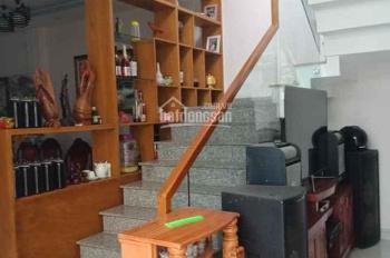 Chính chủ cần bán căn biệt thự mini đúc 1 trệt 2 lầu gần đường Bà Điểm 8, DT 8mx19m, giá 5,7 tỷ