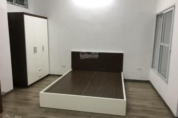 Chính chủ chung cư mini DT 28 - 45m2, 1 phòng ngủ và phòng khách đủ đồ sàn gỗ ngõ 196 phố Cầu Giấy