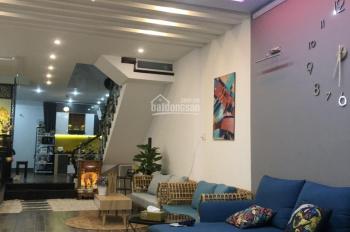 Cho thuê nhà đẹp Thế Lữ 2 tầng, full nội thất, đường ô tô 7.5m, giá 15 tr/tháng. LH: 084.906.8093