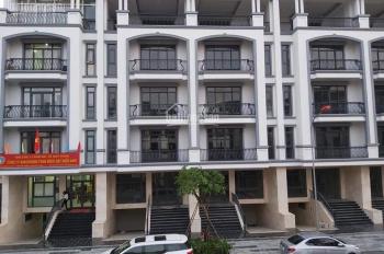 Nhà mới 100% hoàn thiện nội thất đầy đủ 5x22m, hầm + 4 lầu, KĐT Vạn Phúc Riverside giá 25 tr/tháng