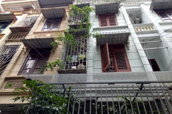 Bán nhà riêng phố Nguyễn Tuân, Thanh Xuân. 50 m2 x 4T, MT 3,8m. Ô tô kinh doanh văn phòng cho thuê