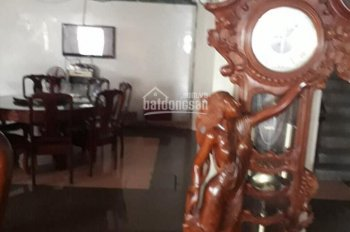 Bán Hotel, mặt tiền Sư Vạn Hạnh, ngang 8.2m, một đời chủ. Giá tốt 0906320089