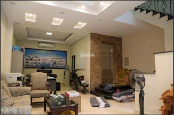 Cho thuê nhà riêng phố Đốc Ngữ DT 52m2 x 5T, MT 5m, đường ô tô, có thang máy, giá 28 triệu/th