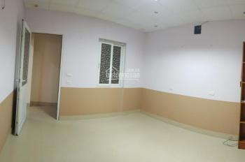 Cho thuê văn phòng 15m2 - setup đầy đủ - có cửa sổ - Ngõ to ở Tam Trinh - Hoàng Mai