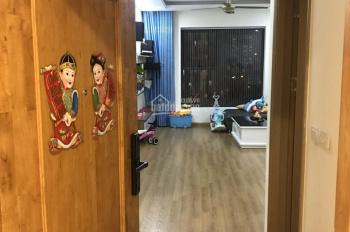 Gia đình chuyển lên căn diện tích lớn cần bán căn hộ 2PN, 68m2 CC The Kpark Hà Đông 0981599382