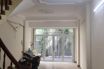 Cho thuê nhà 2 MT trước sau khu K300, P12, Tân Bình. 4m x17m, 3 lầu, 5P, nhà mới