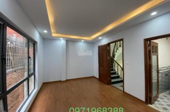 Bán nhà ngõ 269 phố Khương Trung, quận Thanh Xuân, HN. 32m2 x 5 tầng, ngõ thẳng, rất gần mặt phố