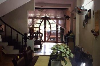 Cho thuê nhà mặt tiền 3 tầng, 3PN, gần cầu Sông Hàn, giá siêu rẻ
