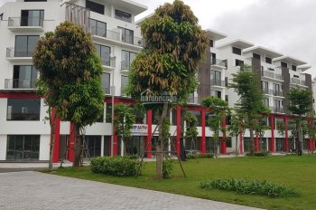 Cần bán căn shophouse Khai Sơn Town 99m2 hướng Đông Nam, giá TT 3.6 tỷ, LH: 0985575386