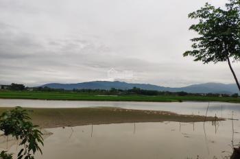 Bán lô View hồ. View cánh đồng tuyệt đẹp  S 767m2 có 100m2 đất ở. Phú Cát. Quốc Oai. HN . Giá 2.3t/