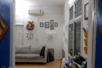 Cho thuê căn hộ tập thể ở B10 - Tạm cư - Khu TT Kim Liên - Đống Đa