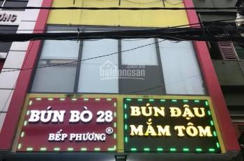 Cho thuê nhà mặt tiền 28 Hoàng Việt, P4, Tân Bình