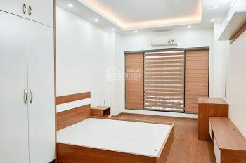 Cho thuê nhà nguyên căn đầy đủ nội thất tại ngõ 50 Võng Thị, DT 30m2, 13 tr/th. Nội thất mới nguyên