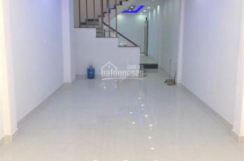Cho thuê nhà mới tinh Đô Đốc Lộc, khu chợ Tân Hương. 1 lầu, 3PN (giá 10tr)