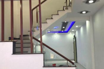 Nhà mới xây 2 tầng MT Đô Đốc Lộc, P. Tân Quý, Q. Tân Phú. LH: 0903834245