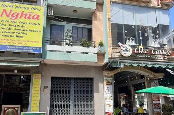 Bán nhà mặt tiền kinh doanh Văn Cao, 4x17m, 2 lầu (3 PN, 4 WC) giá 10.8 tỷ TL, LH 0938 504 555