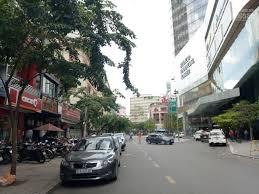 Cho thuê nguyên căn MT Nguyễn Thị Minh Khai, Q3. Gần chợ Bến Thành 5.7x15m, 3 lầu, chỉ 110 tr/th