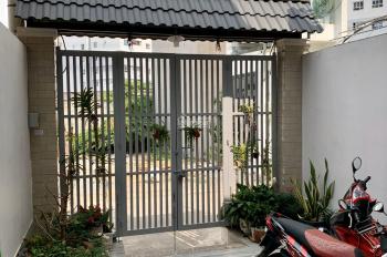Nhà đẹp 1 trệt 2 lầu 71.2m2, có sân xe hơi, cạnh Xa Lộ Hà Nội, Trường Thọ, Thủ Đức, chỉ 5.98 tỷ