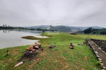 Bán 1300m2 đất mặt hồ Đồng Chanh Lương Sơn, view tuyệt đẹp