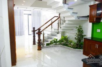Bán nhà Nguyễn Khang, Cầu Giấy, 38m2, ô tô cách 30m, giá 4.3 tỷ. 0984476558