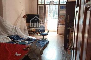 Cho thuê nhà Kim Giang, 70m2 x 4 tầng, sơn mới, 2 mặt ngõ, ô tô 7 chỗ vào nhà, 15 triệu/th