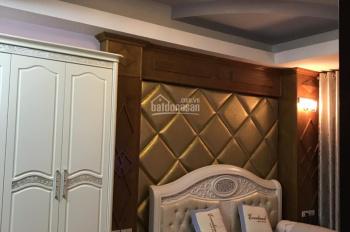 Gia đình cần bán căn căn hộ Vinaconex 3 Trung Văn tòa 17T2 DT 150m2 ban công ĐN - ĐB. 0972.864.501