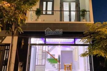 Cần cho thuê nhà nguyên căn HXH 766/4C đường CMT8 Q. Tân Bình