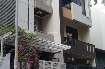 Hot! Bán nhà 5x18 (90m2) 1 trệt 3 lầu, đường 24m, khu Đức Khải, nhà rất mới xem là thích