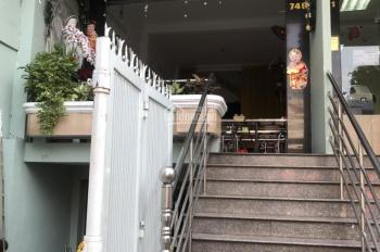 Cho thuê nhà nguyên căn mặt tiền đường CMT8, P6, Tân Bình. Liên hệ: 0933399939 Chị Nhung
