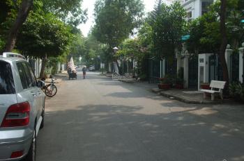 Biệt thự Hưng Thái, PMH, Quận 7, giá 30tr/tháng, liên hệ: 0938602838 Nhân