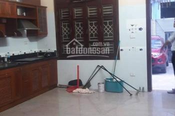 Cho thuê nhà riêng Giáp Nhị, Giải Phóng, Q. Hoàng Mai 70m2 x 3 tầng + 1 tum, 9 triệu/tháng