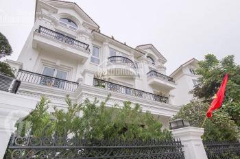 Bán gấp căn Hoa Phượng 5, view vườn hoa Vinhomes, 466m2, 39 tỷ, HT nội thất Châu Âu, sông thoáng