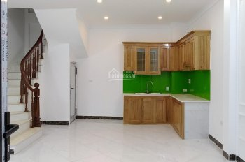 Chính chủ bán nhà DT 48m2 * 5T xây mới, ngõ 184 Trần Khát Chân, 5 phòng ngủ, ô tô cách nhà 15m
