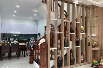 Căn biệt thự mái thái 2 tầng, 3 phòng ngủ hoàn thiện đầy đủ