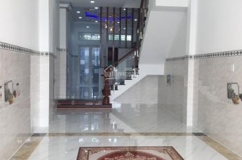 Cần bán gấp căn nhà 3.5 lầu KDC An Dương Vương, P. 16, Q. 8, cách TT Q. 1 15 phút, SHR 2018