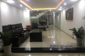 Cho thuê nhà đẹp lung linh ngay đường C18, K300. DT 4x20m, 1 trệt 3 lầu full nội thất, giá rẻ