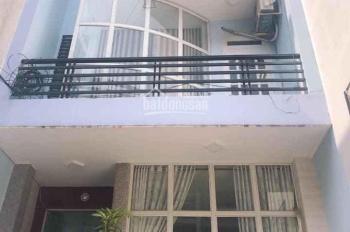 Bán gấp nhà trong tuần DT 130m2, 3 tầng gần sân bay Tân Sơn Nhất