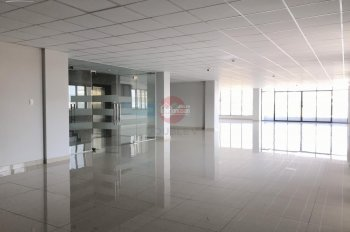 Văn phòng cho thuê quận 5 270m2 thiết kế chuẩn cao cấp giá rẻ view thoáng sáng, LH 0933725535 Phong
