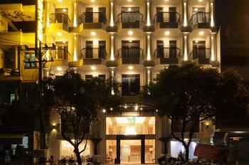 Bán khách sạn 3 sao Quận 6, CN: 440m2 + 52 phòng. Giá 145 tỷ