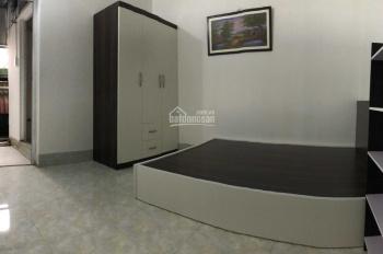 Căn hộ mini khép kín có bếp - giường tủ đầy đủ cho 2 người ở