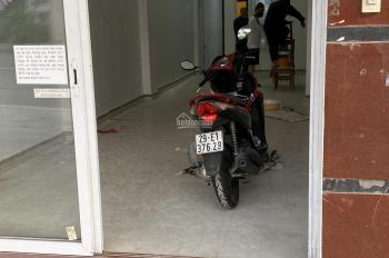 Chính chủ cho thuê nhà mặt phố Nguyễn Trãi gần Triều Khúc, 4 tầng, 25tr/tháng
