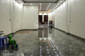 Cho thuê tòa nhà liền kề 5 tầng đẹp mới xây mặt phố Xuân La, DT 95m2 thông sàn có thang máy