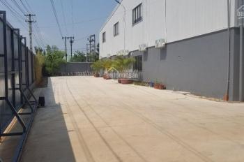 Bán xưởng dựng sẵn thép tiền chế tại Minh Phú, Sóc Sơn, S 4564m2, 26 tỷ, xe công tránh, SSB18