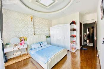 Bán căn hộ dịch vụ 6* 25m trệt 6 lầu mặt tiền đường Lý Phục Man, q7 giá 28 tỷ