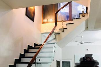 Bán nhà mặt phố Đức Giang, 5 tầng*61,5m2, mặt tiền 4,5m, vỉa hè, kinh doanh đỉnh, giá 6,2 tỷ
