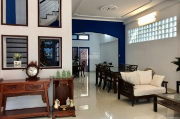 Cho thuê nhà 2 mặt tiền đường 75 đường Nguyễn Thị Thập, quận 7. LH: 0909.553.116