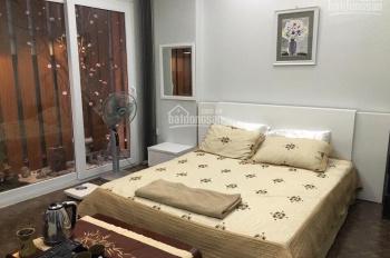 Cho thuê nhà đẹp căn góc Phố Thái Hà  DT: 50m2 x 4 tầng MT 5m, giá thuê 20tr/th. LH: 0961821686