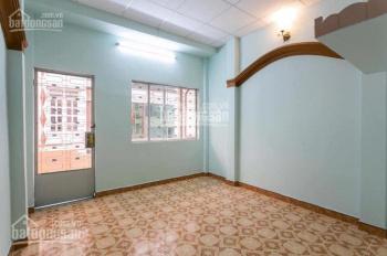 Cho thuê nhà mới hẻm HXH Hàn Hải Nguyên, P. 9, Q. 11. DT: 3.5x10m, trệt 2 lầu 4PN 3WC, 15 tr/th